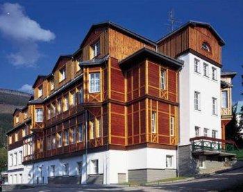 hotel hradec spindlermühle